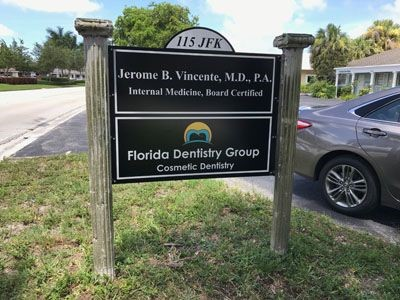 Post and Panel Signage for Florida Dentistry